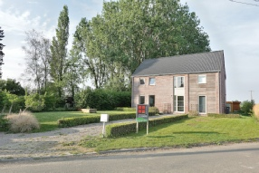Vendu par Joëlle Fussen - L'artisan de L'immobilier 0475/871.841